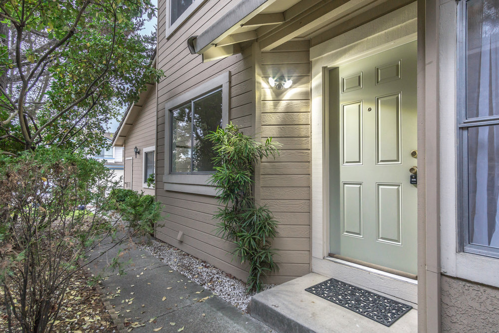 Sold at $535,000<strong>1836 Canyon Drive, Pinole</strong>