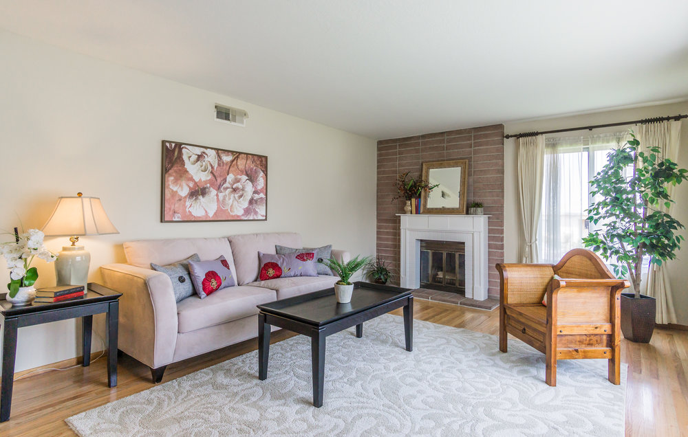 854 E Meadow Avenue, Pinole <strong>offered at $529,000</strong>
