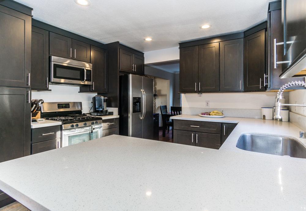 Kitchen (1 of 1).jpg