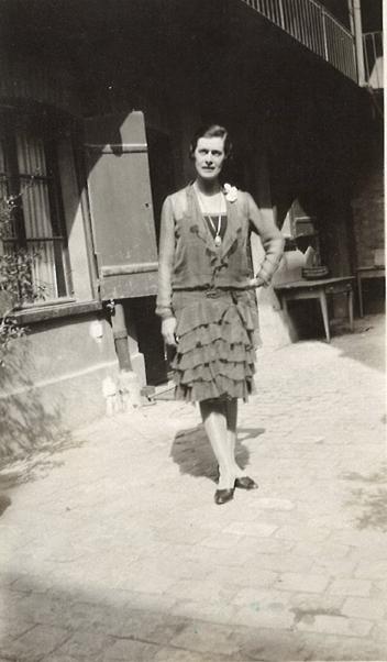 1916a.jpg
