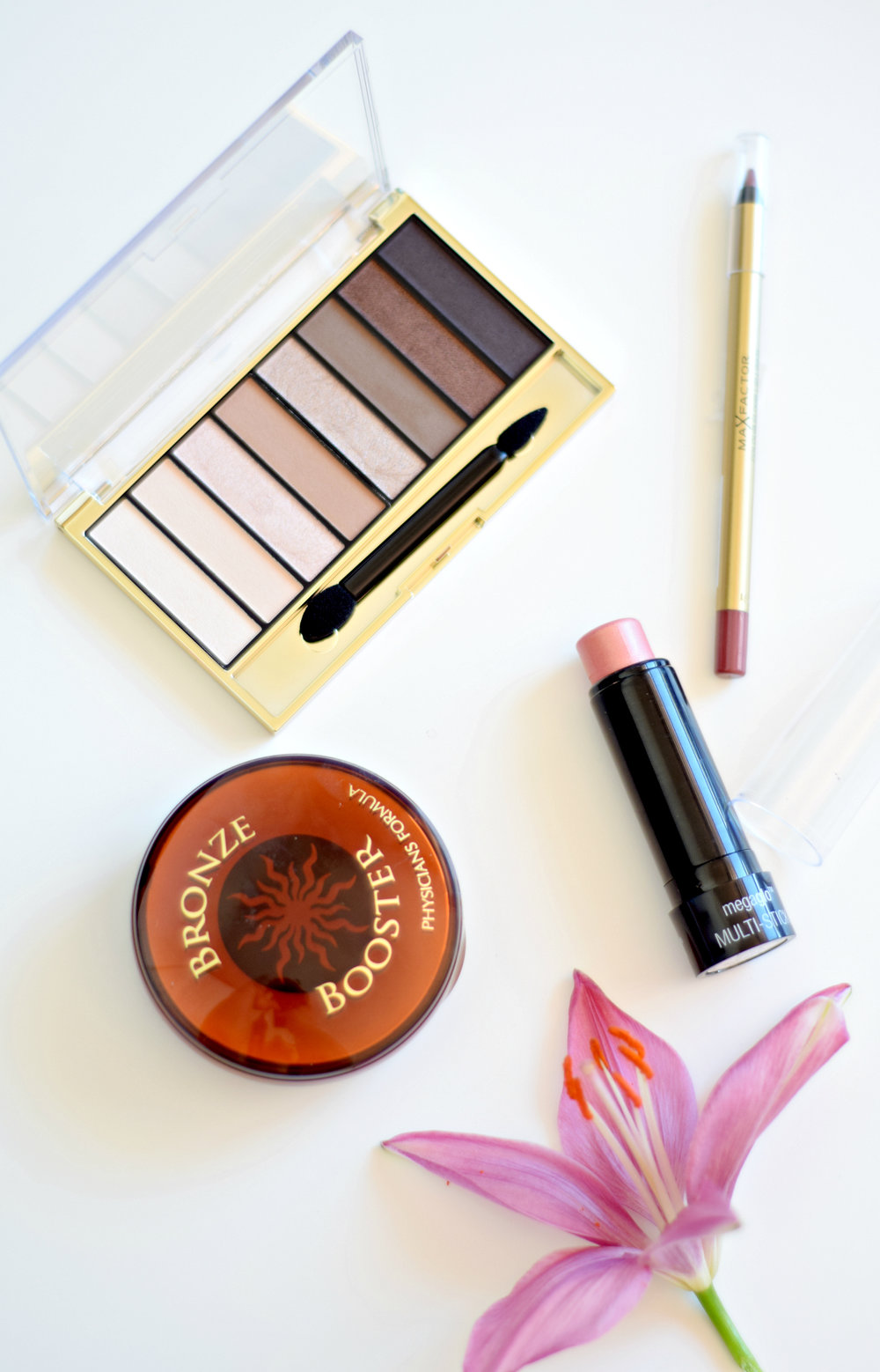BEAUTY HAUL | PEACHY GOLDS & PINKY NUDES - www.theprettypeony.com