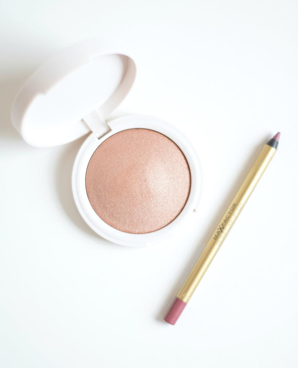 My everyday Makeup - www.theprettypeony.com