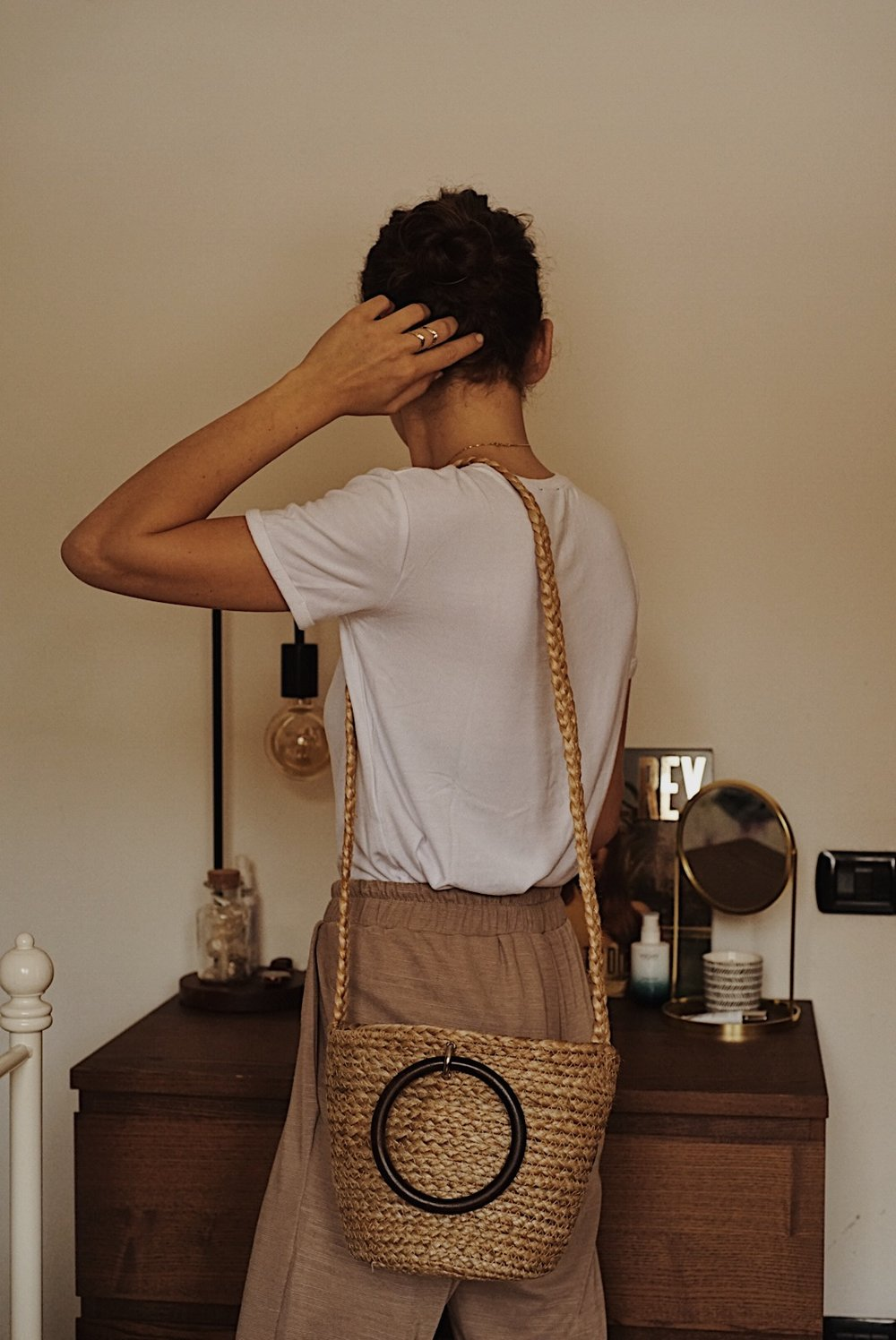 The Perfect Summer Bag | www.theprettypeony.com