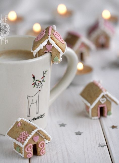 source: Miniature Ginger Bread Houses