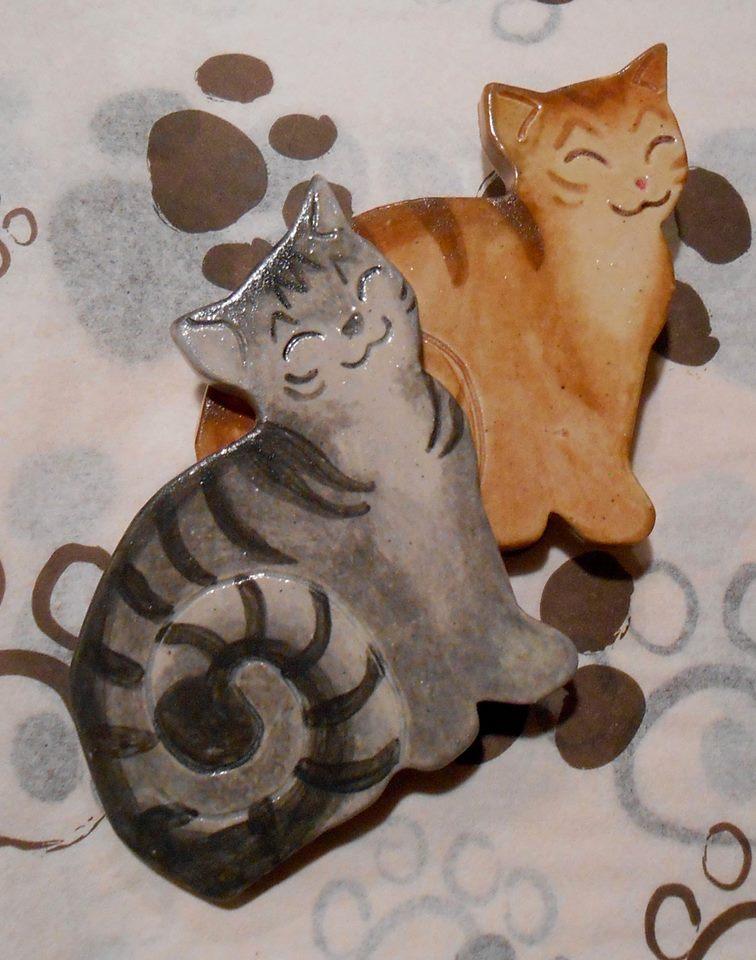kitty magnets.jpg