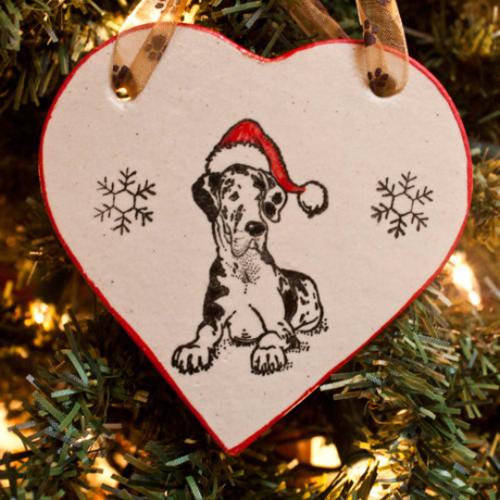 Great Dane, Santa Hat - Holiday Heart Ornament - Great Dane, Santa Hat - Holiday Heart Ornament €� 4 Paws Pottery