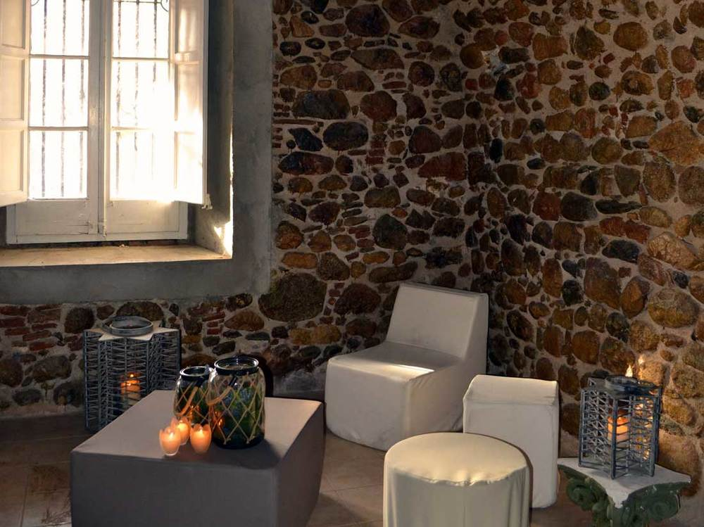 Sala Montseny - Jardins el Roquer - Guía Singular.jpg