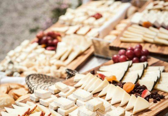buffet-quesos-550x380.jpg
