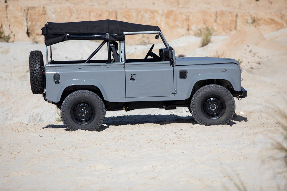Coolnvintage Land Rover D90-24.jpg