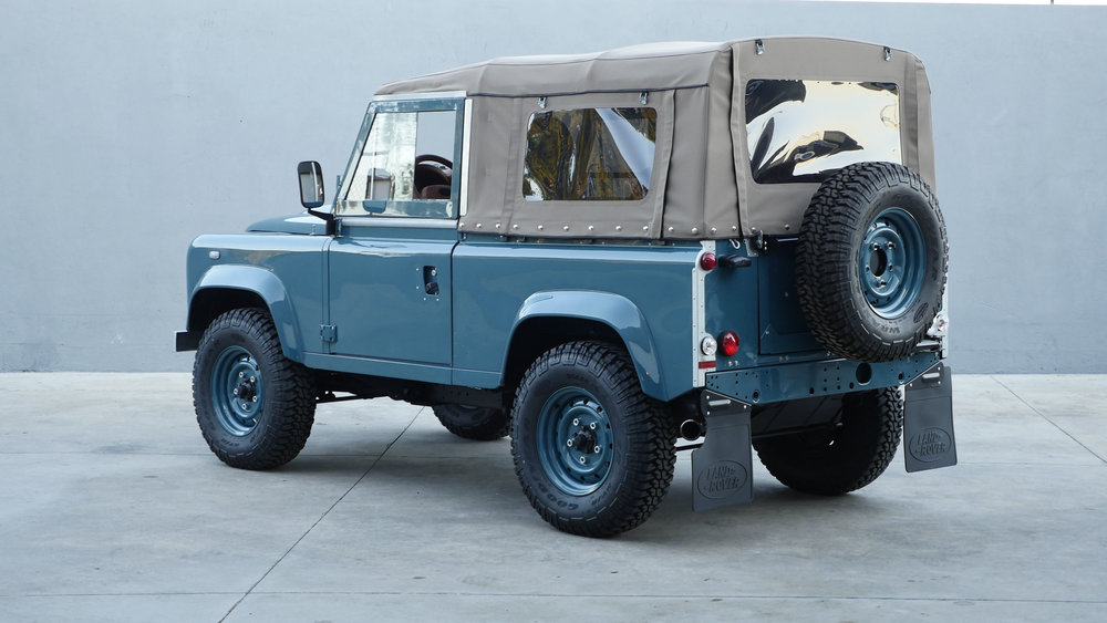 Coolnvntage Land Rover D90 Heritage (136 of 176).jpg