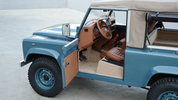 Land Rover Marin >> Land Rover Defender 90 Heritage Marine Blue Cool Vintage