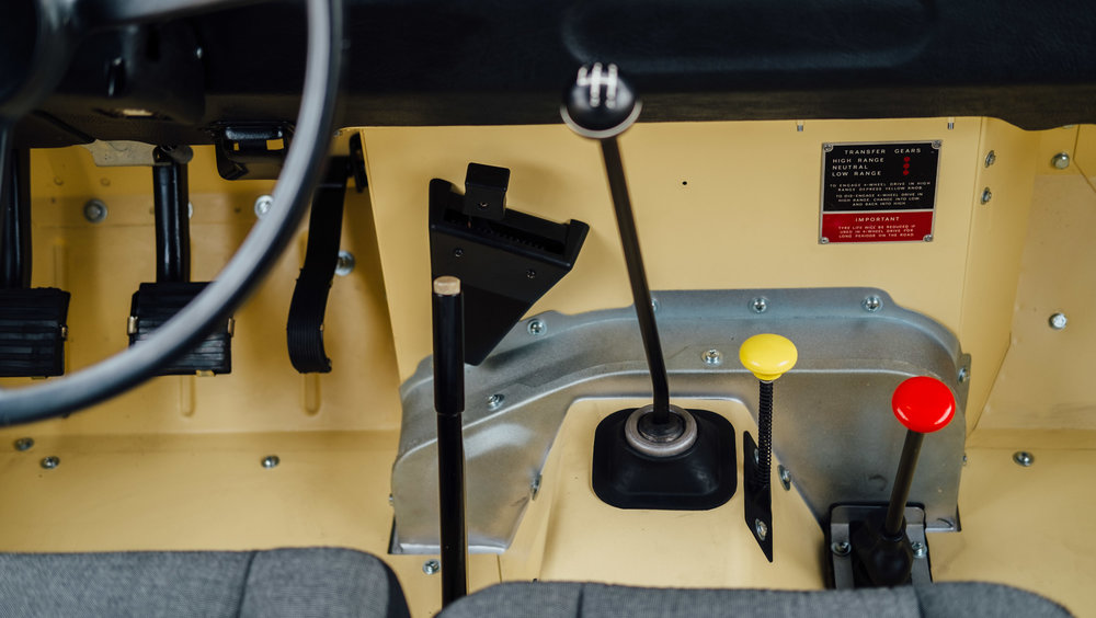 coolnvintage Land Rover S3 (91 of 207).jpg