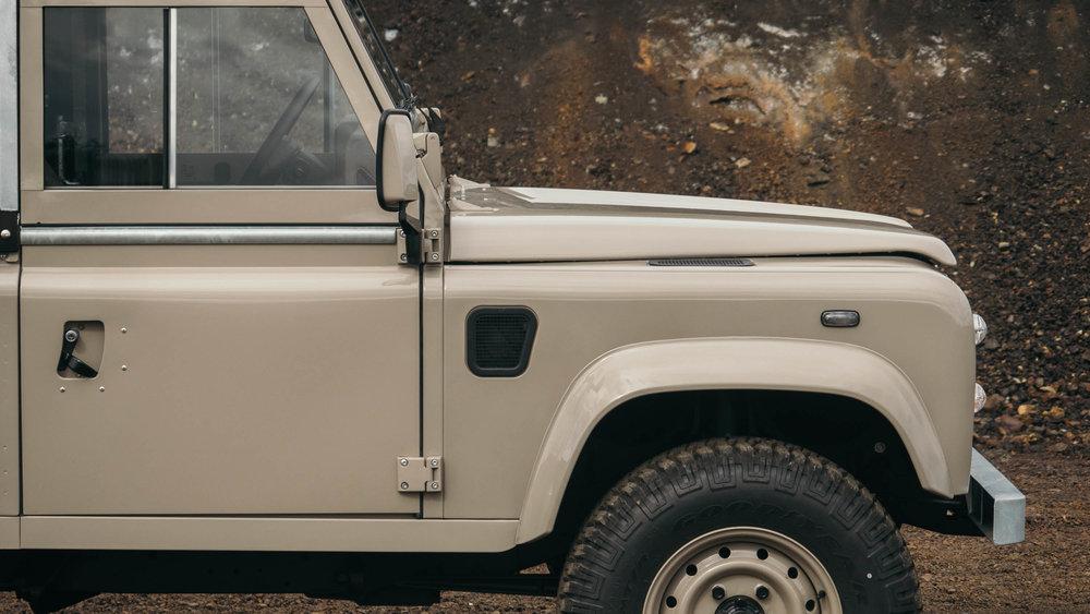 coolnvintage Land Rover Defender (70 of 81).jpg