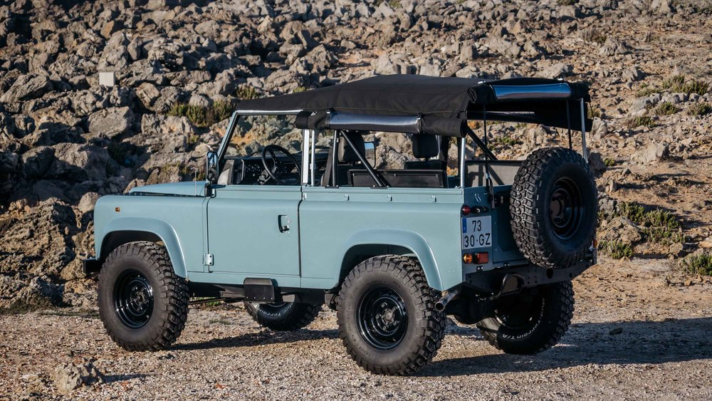 coolnvintage Land Rover Defender (95 of 98).jpg