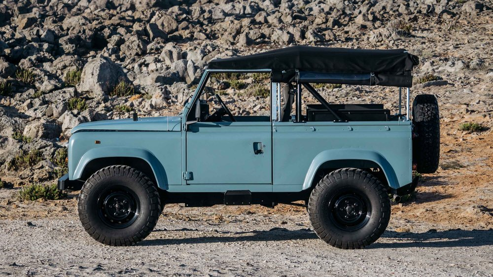 coolnvintage Land Rover Defender (88 of 98).jpg