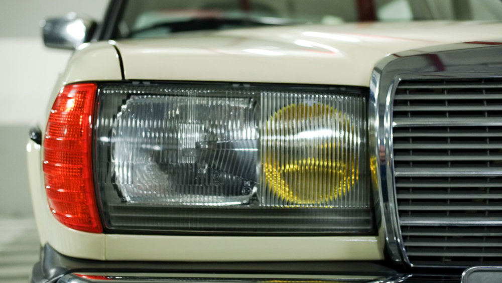 coolnvintage Mercedes-Benz W123 300D (27 of 59).jpg
