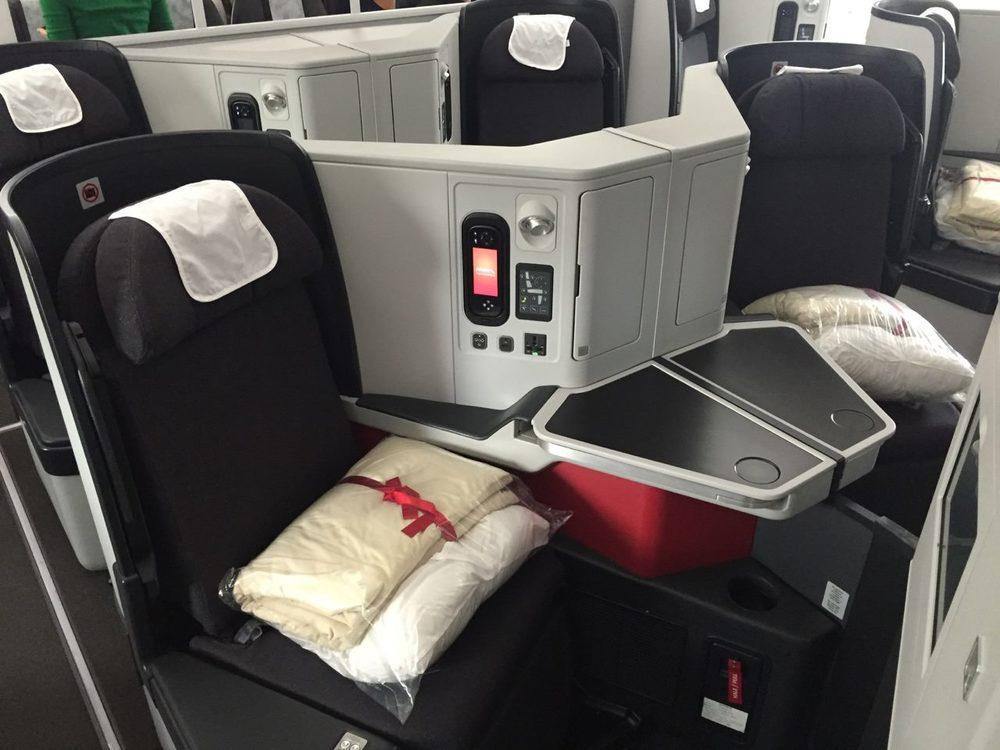 Avianca reward flying for Interior 787 avianca