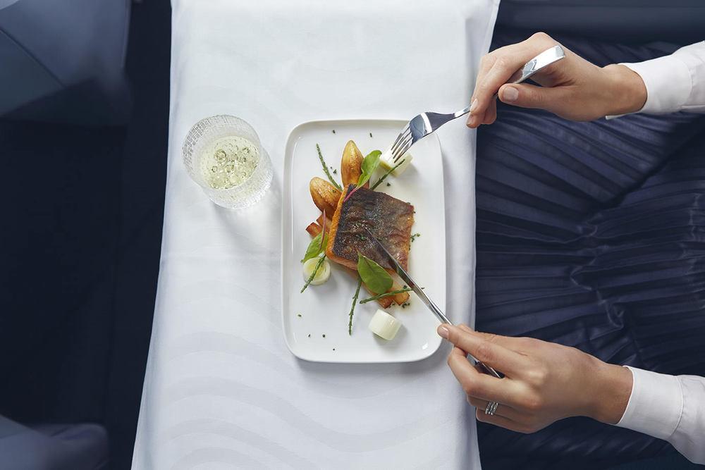 Finnair business meal 01 Low.jpg