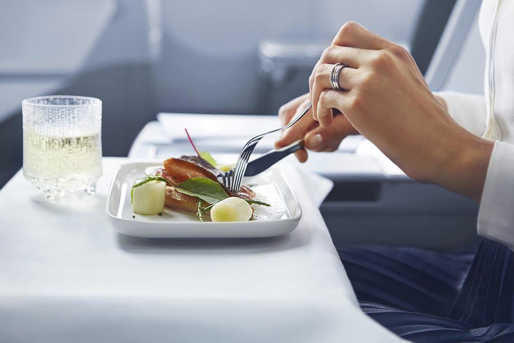 Finnair business meal 02 Low.jpg
