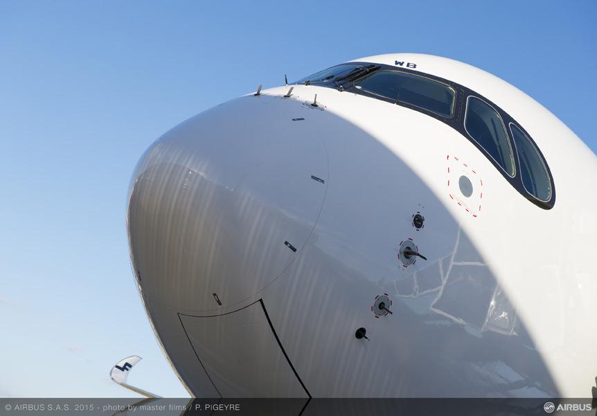 FINNAIR A350XWB ONEWORLD DETAILS NOSE.jpg