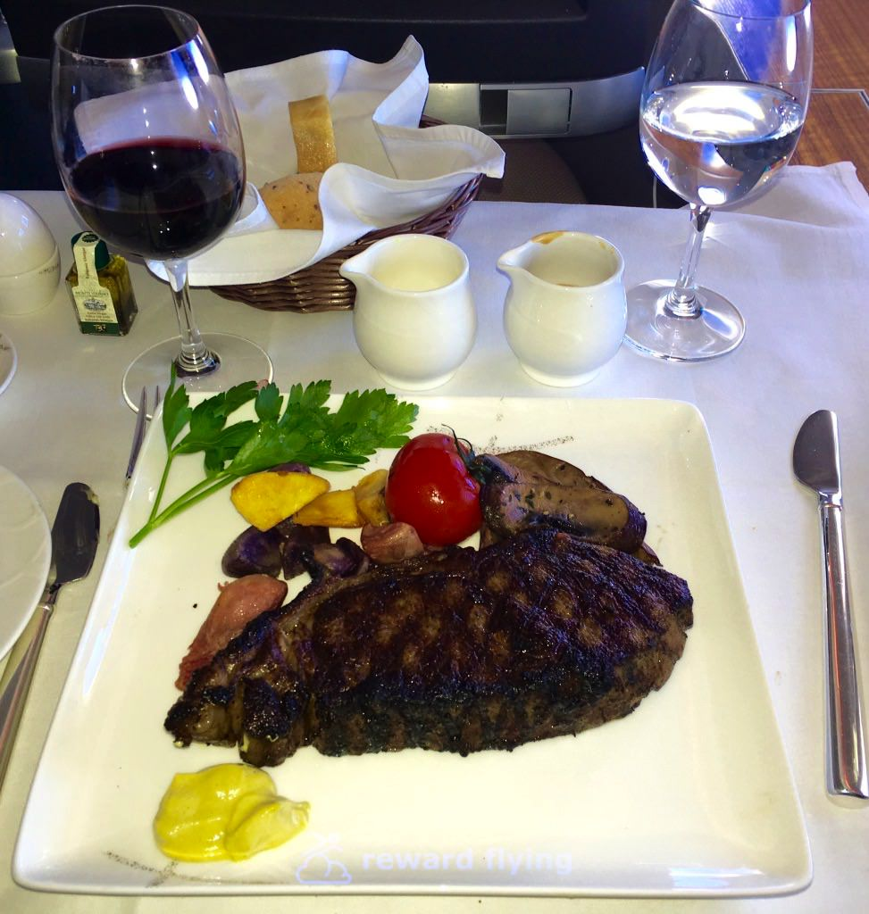 CX HKG-ORD Food Dinner.jpg