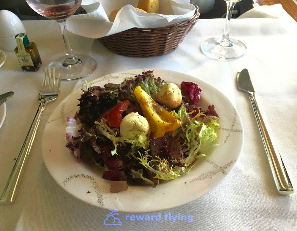 CX HKG-ORD Food Salad.jpg
