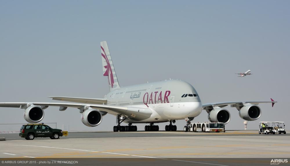 Qatar Plane A380 3.jpg