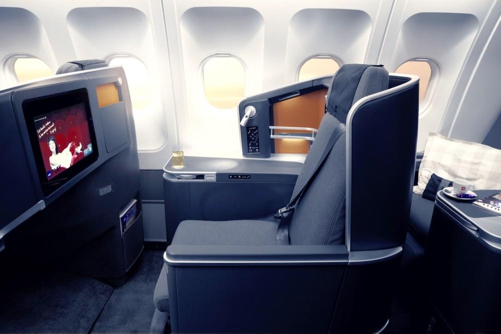 SAS BC Seat hres 1.jpg