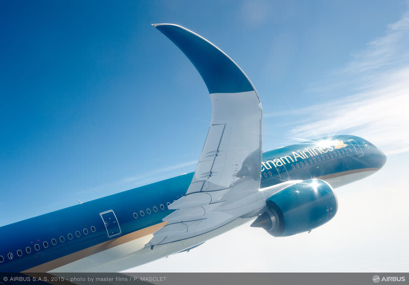 VN A350_XWB_Vietnam_Airlines_in_flight_2.jpg