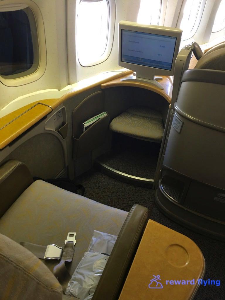 OZ104 Seat 2.jpg