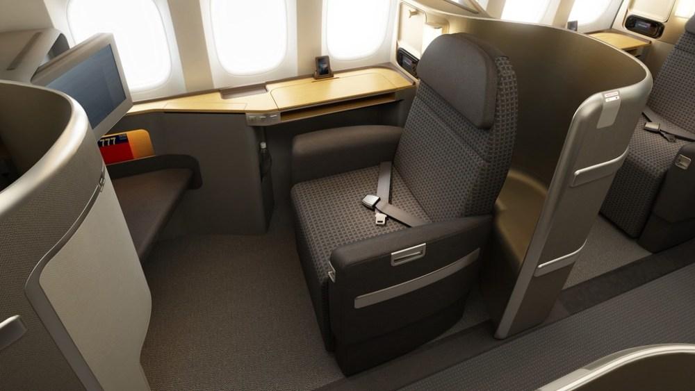 AA First Class seat 2_1024.jpg