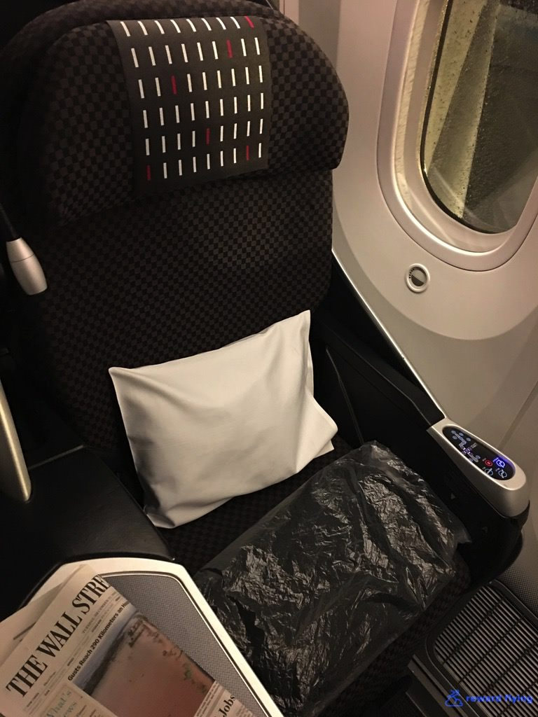 JL735 Seat 1.jpg