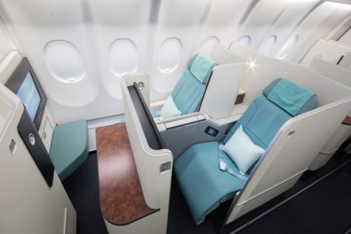 KE - Korean Air (Same seat as in Business Class)