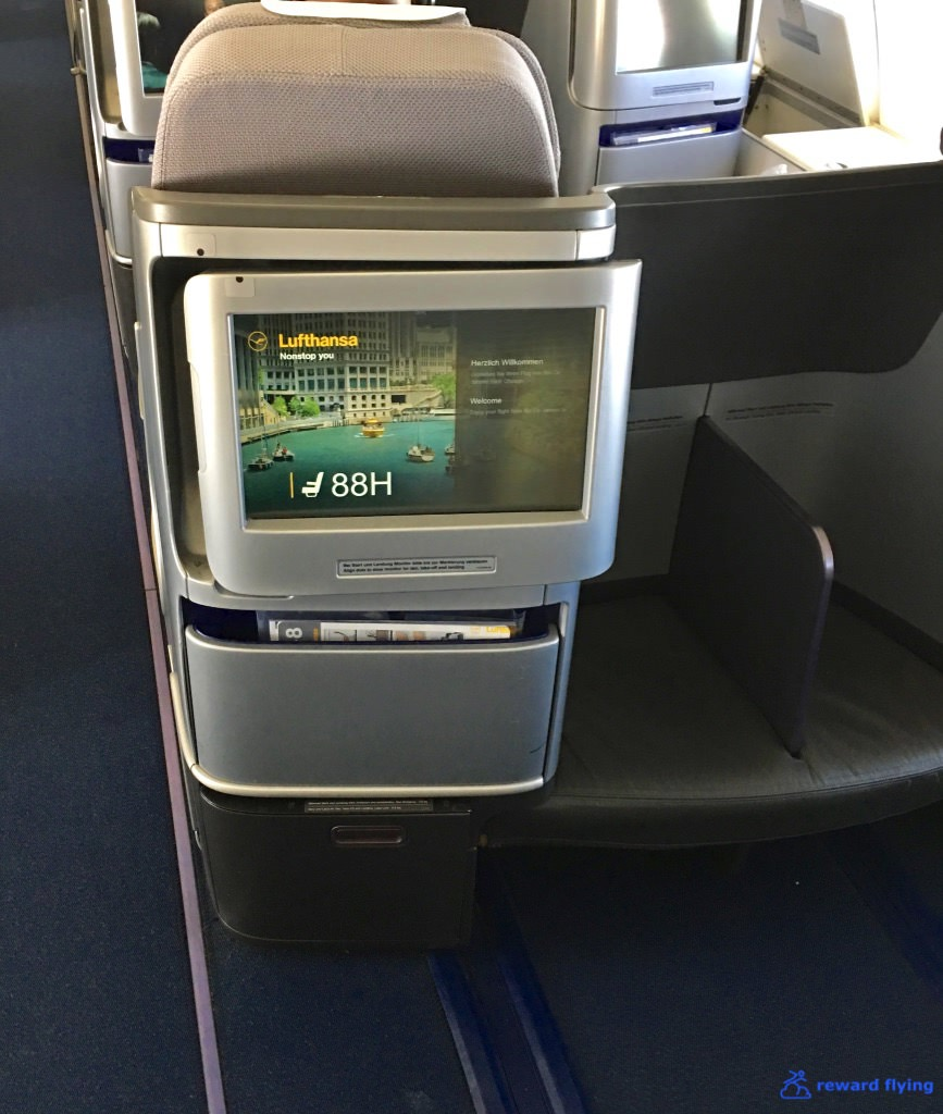 LH432 Seat Footwell 2.jpg