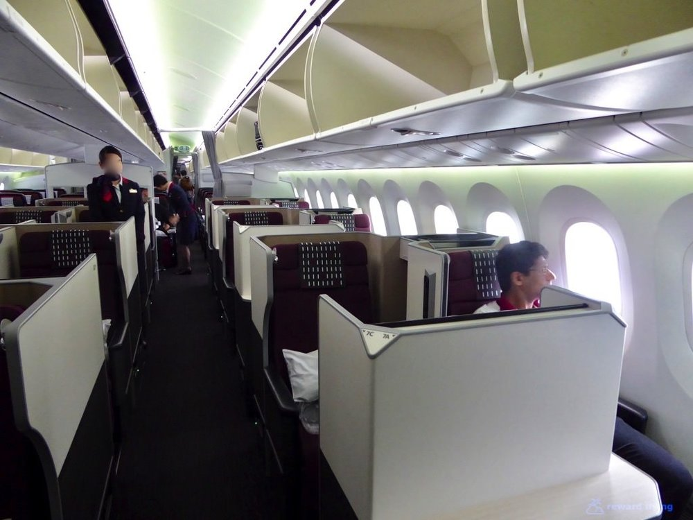 JL749 Cabin 1.jpg
