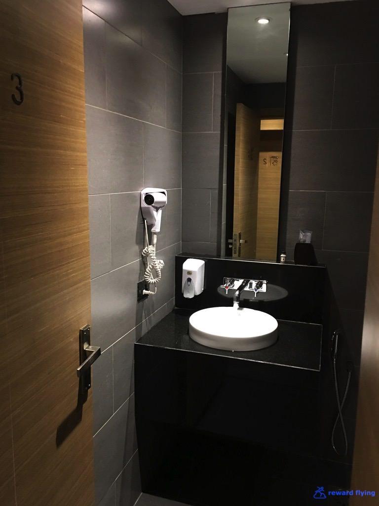 VS301 Lounge 6.jpg