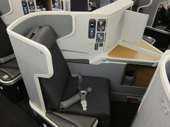 American Airlines 777-300 Cirrus