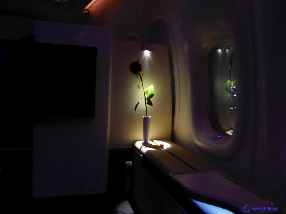 LH432 Seat Rose 1.jpg