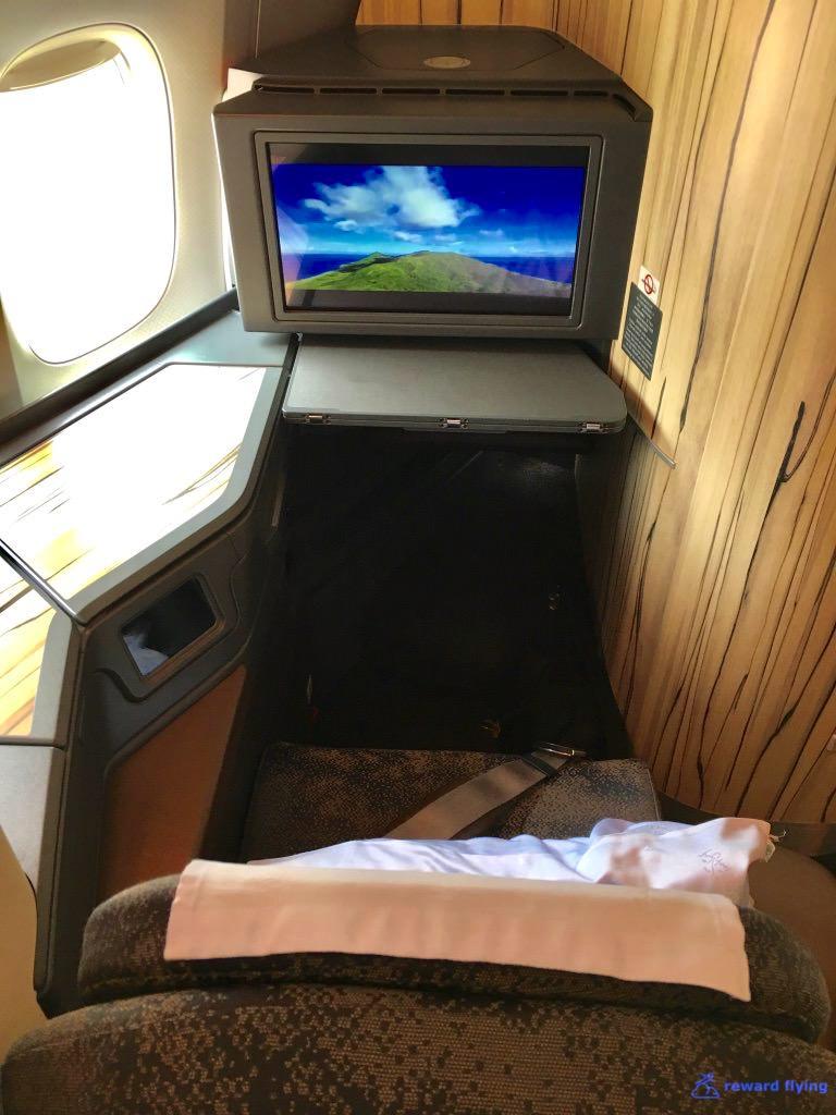 CI161 Seat 3 10A Foot.jpg