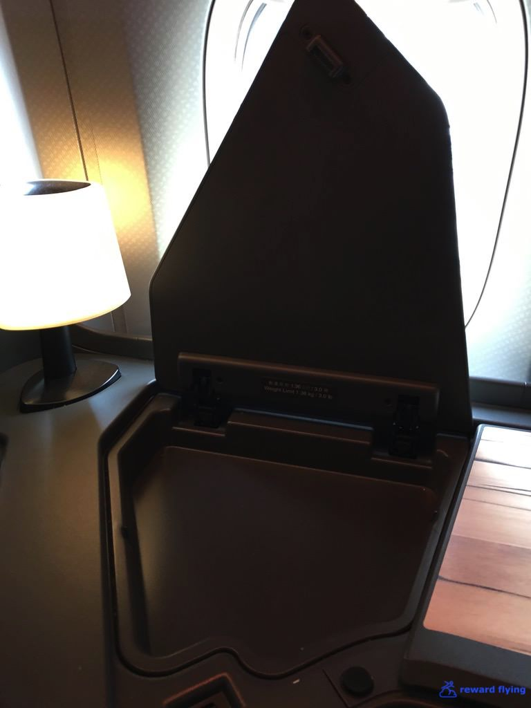CI161 Seat A4 Side Table 2.jpg