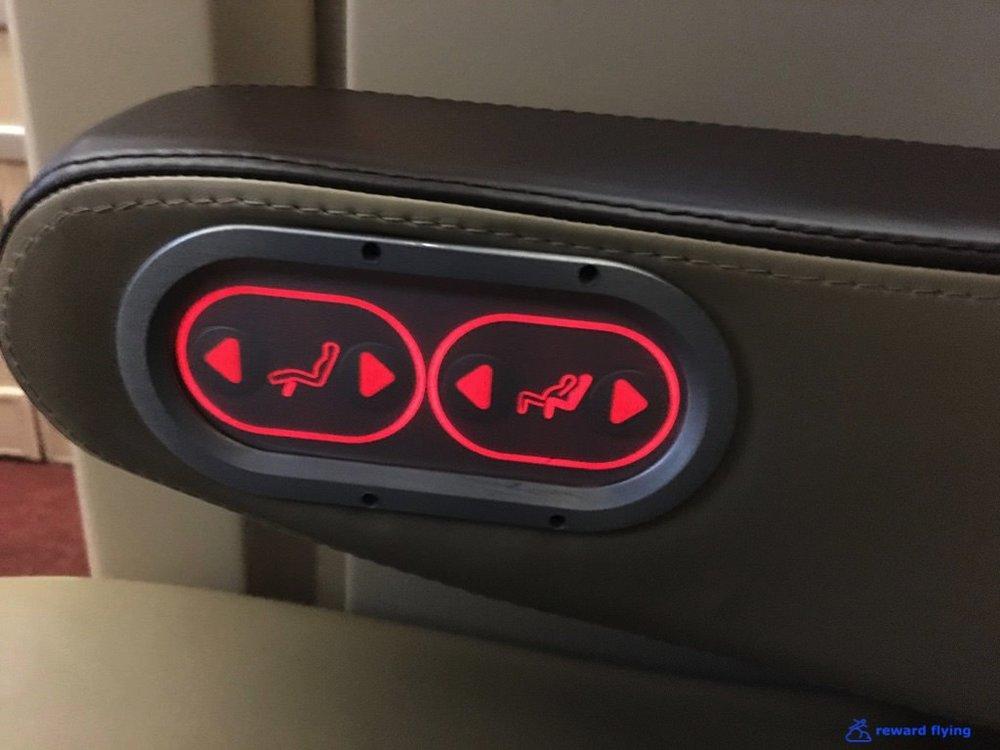 SQ25-1 Seat Acc 6.jpg