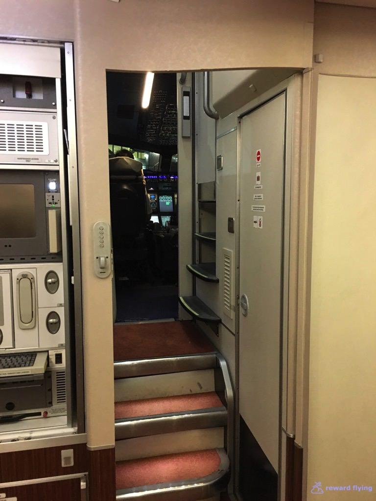 SQ25-1 Cabin 3.jpg