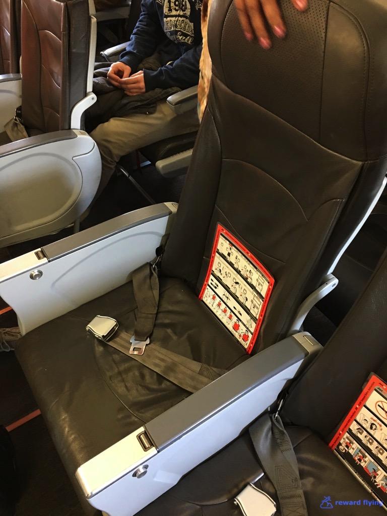 JQ258 Seat 2.jpg