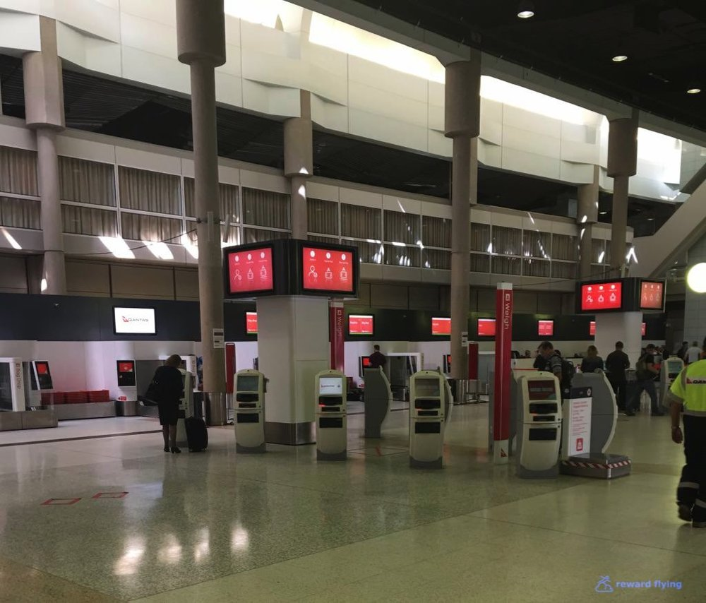 QF537 Airport 4.jpg
