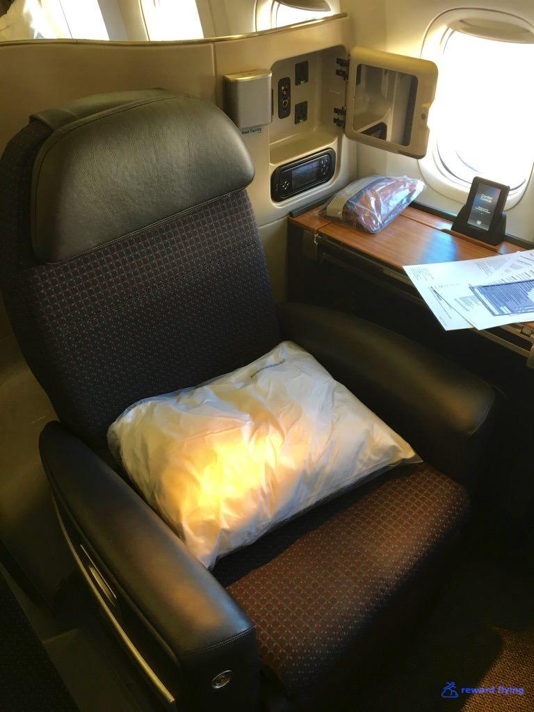 AA72 Seat 1.jpg