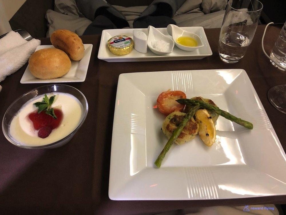 JL9 Food 3 Pres 1.jpg