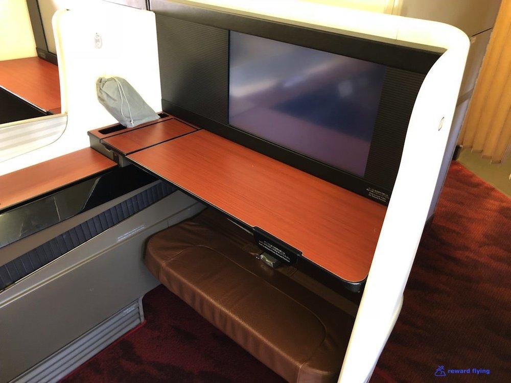 JL9 Seat 2.jpg