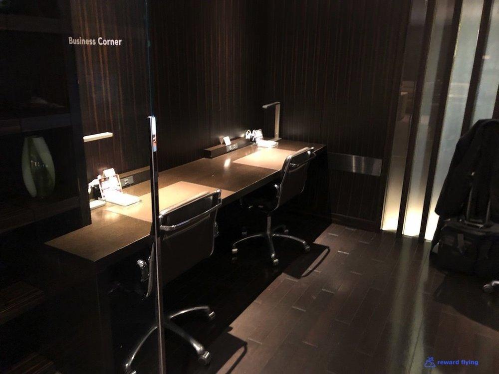 JLNRTFCL Room - Work 1.jpg