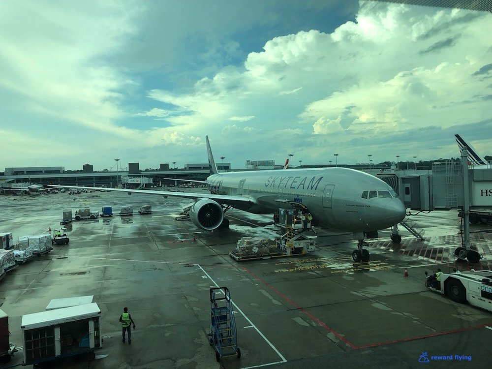 KLM835 Plane 1.jpg