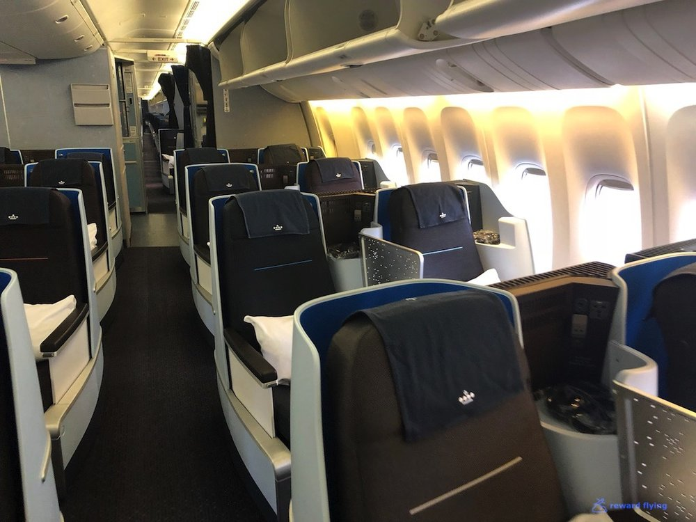 KLM835 Cabin F1.jpg